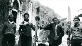 Una sortida a Núria l'any 1932, amb els esquiadors de l'agrupació Jaume Xivillé, Rafael Berga, Salvador Llinés i Cosme Pujades