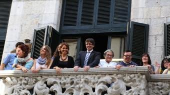 Els pregoners de les fires d'enguany al balcó de l'Ajuntament de Girona MANEL LLADÓ