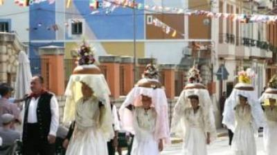 Festa del pa beneït a aquesta localitat. B. SILVESTRE