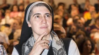 Teresa Forcades, poc abans d'iniciar la seva xerrada a Sant Narcís. ICONNA