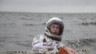 Anne Hathaway WARNER BROS