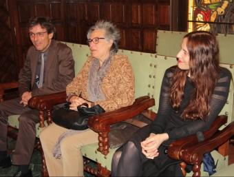Els guanyadors Carlos Ruiz, Nati Soler i la finalista Reinhold Kluge a la Paeria de Lleida ACN