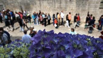 Temps de flors , a Girona LLUÍS SERRAT
