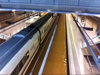 Les vies de l'estació del TAV de Girona, inundades de nou el diumenge a la nit ACN