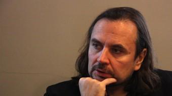 El director Oskaras Korsunovas, ahir al matí en la presentació que es va fer al Palau Robert, de Barcelona. P. FRANCESCH/ACN