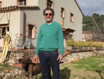 Josep Pérez, amb el seu gos JOAN SABATER