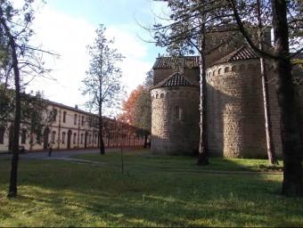 La colònia Vidal, de Puig-Reig, va acollir el rodatge de nombroses escenes d'Olor de Colònia. MUSEU COLÒNIA VIDAL