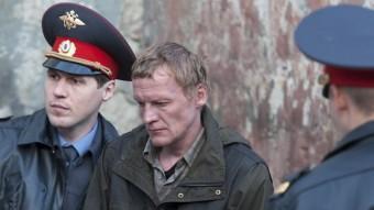 Kolia (l'actor Aleksei Serebryakov) ha de lluitar contra el corrupte alcalde de la seva ciutat, al nord de Rússia GOLEM
