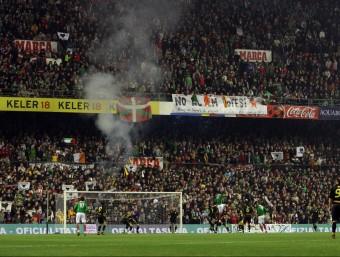 Una imatge de les grades plenes, en el partit que Catalunya i el País Basc van disputar el desembre de l'any 2007, a l'antic San Mamés ORIOL DURAN