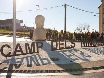 Una imatge del monòlit del ninot de Caldes, inaugurat diumenge al Camp dels Ninots AJ. DE CALDES