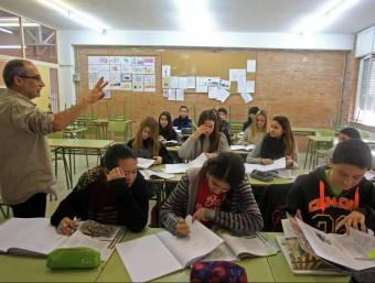 Una imatge d'uns alumnes de l'institut de Santa Coloma de Farners, el mes passat LLUÍS SERRAT