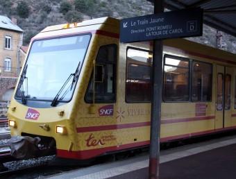 Imatge del Tren Groc a l'estació de Vilafranca de Conflent ACN