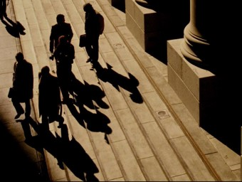 La banca a l'ombra ha crescut justament per l'excés de regulació que pateix la banca convencional  ARXIU