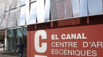 La façana del Centre d'Arts Escèniques El Canal de Salt. JOAN SABATER
