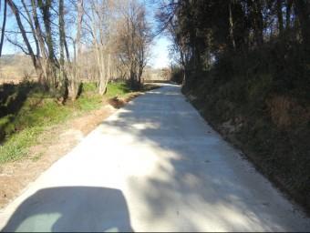 El nou vial pavimentat fins als pins de la Pepa EL PUNT AVUI