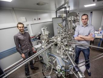 Yassine Maazouz i David Pastorino,socis fundadors de Subtilis Biomaterials.  JOSEP LOSADA