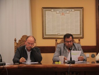 Joan Manel Loureiro i Joan Català, en un ple de novembre passat. EMILI AGULLÓ