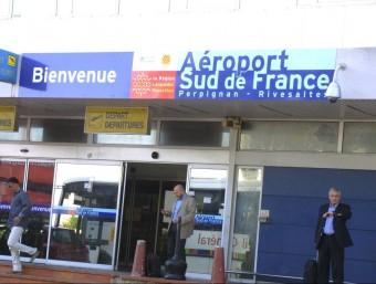 """Entrada a l'aeroport """"Sud de France"""" de Perpinyà A.R"""
