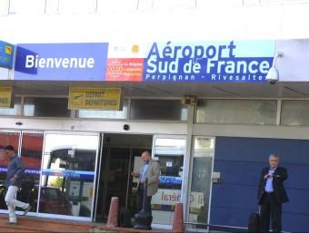 Entrada a l'aeroport de Perpinyà A.R