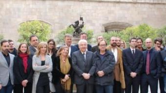 El conseller de Cultura, Ferran Mascarell, va rebre ahir al Palau de la Generalitat alguns dels premiats i diversos membres de l'Acadèmia del Cinema Català CULTURA