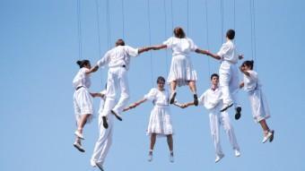 La sardana aèria que va fer el grup sardanista.