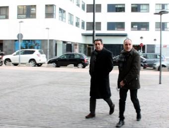Bustos assisteix als jutjats de Sabadell, acompanyat pel Regidor de Sostenibilitat, Lluis Monge ACN