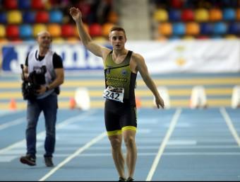 Eduard Viles , vigent campió estatal de 60 m J. RAMOS