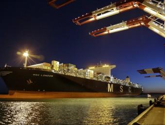 Portacontenidors 'MSC London', atracat al port de Barcelona aquesta setmana, el de més capacitat que ha arribat mai a la capital catalana.  PORT DE BARCELONA
