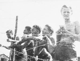 El camp de refugiats d'Argelers. Arxiu Viena. Foto extreta del libre Argelers, editat per Cossetània.