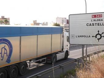 El RACC també havia demanat la restricció de camions a l'N-340 per l'alta sinistralitat.  JUDIT FERNANDEZ