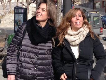 La presidenta del PP de Catalunya, Alícia Sánchez-Camacho, aquest dissabte a Puigcerdà acompanyada de la diputada popular al Congrés Concepció Veray ACN