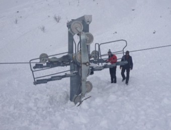 L'allau provocada ha afectat algunes de les instal·lacions de les pistes d'esquí alpí ACN