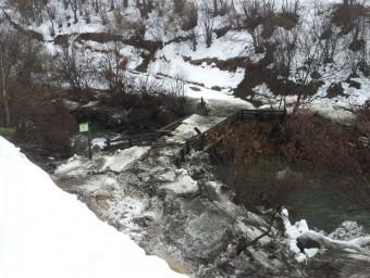 Els desperfectes de l'allau al riu Noguera Pallaresa ACN