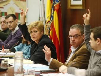 L'alcaldessa de Novelda en el ple de hui. EFE/ MANUEL LORENZO