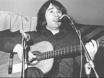 El número de març d'Enderrock inclou un CD de versions del cantant d'Alcoi, mort avui fa vint anys ENRIC QUINTANA