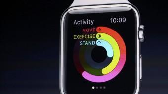 El conseller delegat d'Apple, Tim Cook, ahir durant la presentació del rellotge connectat. REUTERS