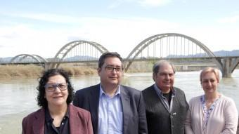 Cinta Agné (ERC), Joan Piñol (CiU), Francesc Launes (PP) i Dolors Gurrera (PSC) són els quatre candidats que es presenten a l'alcaldia de Móra d'Ebre. JUDIT FERNÀNDEZ