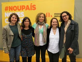 Sílvia Monar, Eva Colomer, Marta Puig,Irene Gerónimo, amb Marta Rovira. EL PUNT AVUI