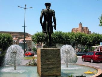 Monument de Gaspar de Portolà, primer governador de Califòrnia, situat a Balaguer.  ARXIU