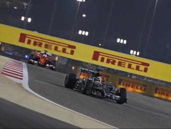 Hamilton, al davant de Vettel a Bahrain PIRELLI