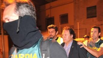 L'exalcalde de CiU, Daniel Masagué, sortint detingut de l'Ajuntament el passat 26 de juny J. FERNÀNDEZ