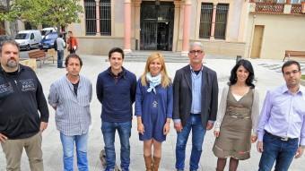 D'esquerra a dreta alguns dels caps de llista que es presenten a Rubí: Josep Maria Enguix (PxC), Jordi Muntan (AUP), Víctor Puig (CiU), Ana Maria Martínez (PSC), Ramon Capolat (ICV), Arés Tubau (ERC) i Antoni Garcia (VR) JUANMA RAMOS