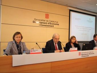 El conseller Mas-Colell, presentant el pla antifrau.  ACN