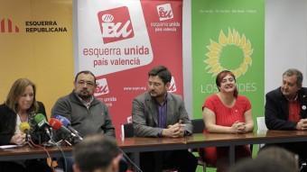 El líder d'EUPV, Ignacio Blanco, al centre de la imatge, durant la presentació de la candidatura autonòmica Acord Ciutadà JOSÉ CUÉLLAR