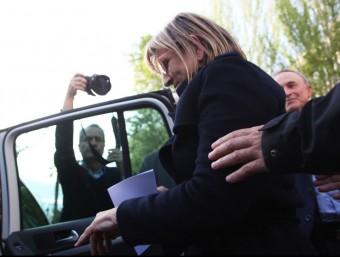 Tersa Gomis, en sortir del jutjat de Reus. ELISABETH MAGRE