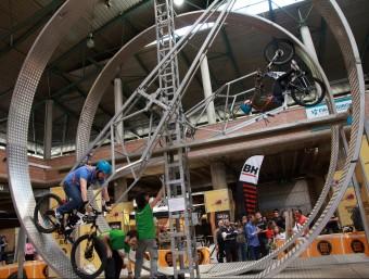 El looping bike. J.SABATER
