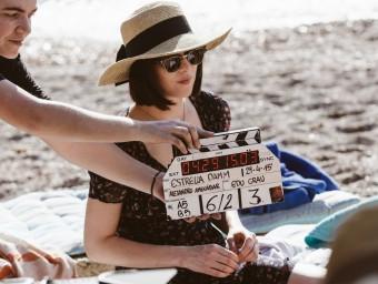 Dakota Johnson protagonitza el primer curtmetratge produït per Estrella Damm