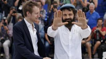 El director László Nemes i l'actor Geza Rohrig van presentar ahir a Canes la colpidora 'El fill de Saül' B. TESSIER/REUTERS