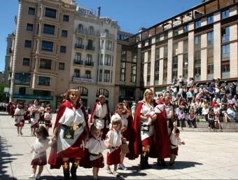 Infants de totes les edats han participat a la primera desfilada de la festa ACN (HORTIZONTAL)