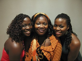 The Sey Sisters ARXIU
